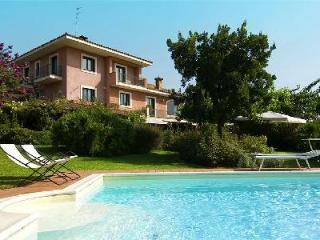 Rosa Etnea - Surrounded by Mediterranean greenery with pool & village nearby, Catania