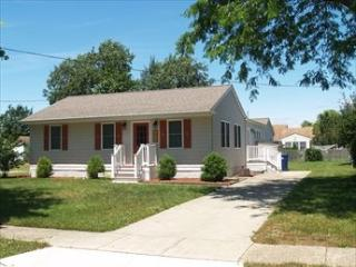 RENOVATED BEACH COTTAGE 107792, Cape May