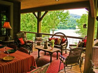 Luxury Lakefront Cabin - Fox Hollow Cottage, Cullowhee