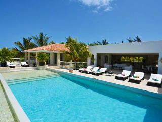SPECIAL OFFER: St. Martin Villa 90 Absolutely Dazzling! With A Superb Open View To The Caribbean Sea, Baie Longue And Surrounding Areas., Terres Basses