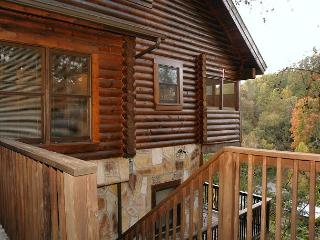 Lucky Logs #283- Outside View of the Cabin