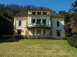 Prestigious villa with wonderful lake views - Meina vacation rentals