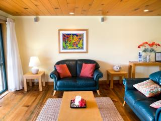 Tintoela - Kushu Cottage - Cascade vacation rentals