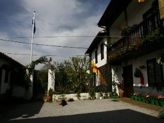 Lovely house on small Cantabrian coast village., Ruiloba