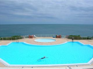 Attractive apartment for 5 persons, with swimming pool , near the beach in Sete - Languedoc-Roussillon vacation rentals