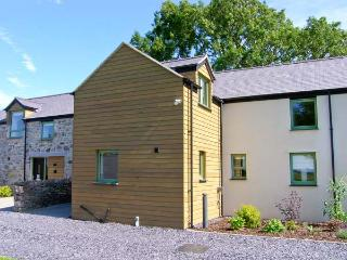 TREFWRI, quality cottage with en-suite, rural location, ideal for beaches, walking, in Brynsiencyn, Ref 23279
