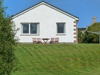MELLONDALE COTTAGE, en-suite bedrooms, fantastic views, beach close by, in Mellon Charles, Ref 23798