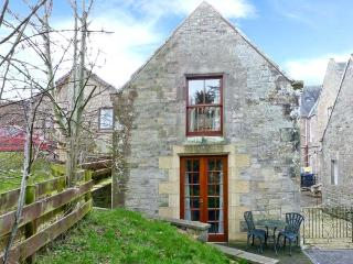 ALLERTON HOUSE STABLES, pet-friendly cottage, grounds, close amenities in Jedburgh, Ref 23920