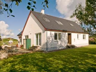 ARDNISH, dog-friendly cottage, rural setting, woodburner, garden Ref 24401, Acharacle