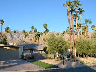Twin Palms Mid-Century Luxury Home, Palm Springs