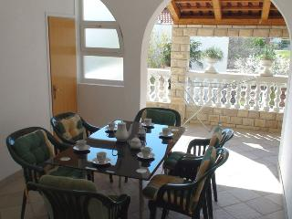 3-bedrooms apartment near the beach, Vodice