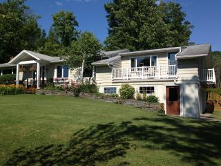 Private Ellis Hollow Apartment 7 min from Cornell, Ithaca