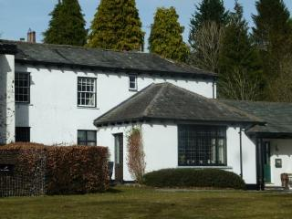 OLD BELFIELD APARTMENT, Bowness on Windermere, Bowness-on-Windermere