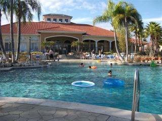 Your Home Away From Home - Updated Free Wifi, Kissimmee