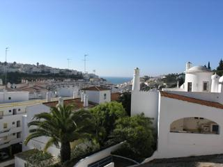 Colina Branca Larger Family Townhouse, Carvoeiro