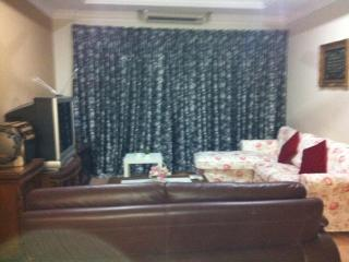 1 Borneo Affordable Cozy 2 Bedrooms Away from Home, Kota Kinabalu