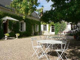 LE CLOS DE LA CHESNERAIE Romantic B&B Loire Valley, Saint-Georges-sur-Cher