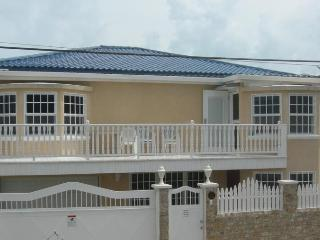 Casa Fabro - Belize City Vacation Home Rental