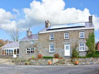 THE FARMHOUSE, pet-friendly character farmhouse, garden, games barn, woodburners, countryside, Aberaeron Ref 19244