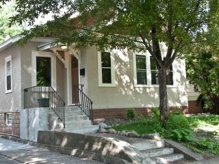Spacious, Modern, Sparkling Clean & Near DT MPLS! - Minneapolis vacation rentals