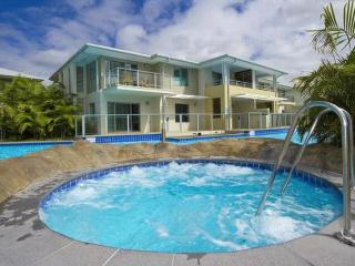 Pacific Blue Resort Apartment, Corlette