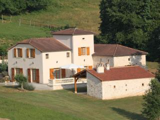 Holiday House 10 People Private Swimming Pool, Cambounet-Sur-le-Sor