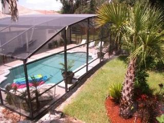 1acre Privacy Fence Yard Screen Pool 20min Parks, Orlando