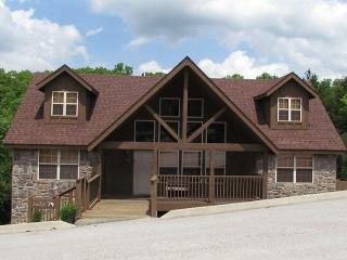 Quiet Creek Cabin - 4 Bedroom Stonebridge Resort Vacation Cabin, Branson West