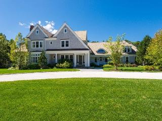 155 Carriage Road - Oyster Harbors 116883, Osterville