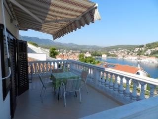 Apartments Jakov - 30531-A2 - Jelsa vacation rentals