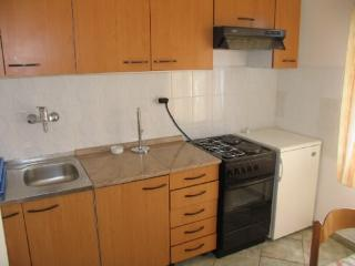 Apartments Šime - 21641-A1 - Pirovac vacation rentals