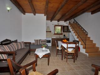Vrachos Villas villa for 4 people, Agia Paraskevi