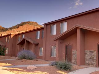 Kanab Townhome by Zion, Bryce, and Grand Canyon