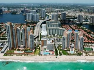 Ocean View 1 Bedroom in  Sunny Isles! Free Parking, Sunny Isles Beach