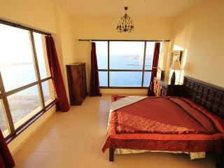 139 2 BD  in JBR, Sadaf 5, 25 floor, full sea view - Dubai vacation rentals