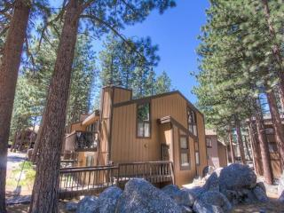 Spacious TownHome Backs Up to the Forest ~ RA852, Zephyr Cove