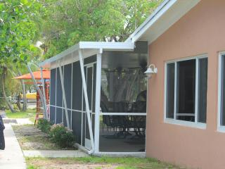 Laid Back and Waterfront (Monthly Rental), Key Largo