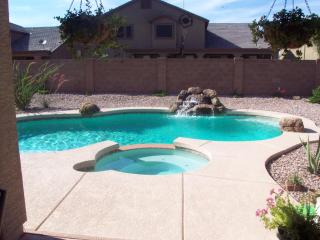 Fully Furnished Executive Home with Pool and spa, Surprise