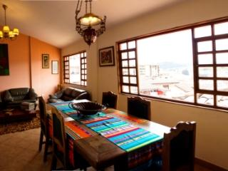 Gorgeous condo in Quito´s Old Town!