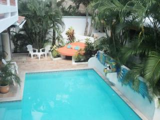 VILLA MIRANDA - BEAUTIFUL PRIVATE HOME W/ LG POOL, Cozumel