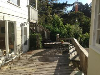 Coastside Canyon Cottage Apartment - Great Retreat, Half Moon Bay
