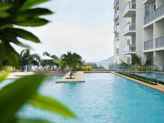 Luxury In The City - Trilogy 3305 - Cairns vacation rentals
