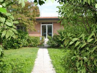 For single travelers, close to downtown, Padua