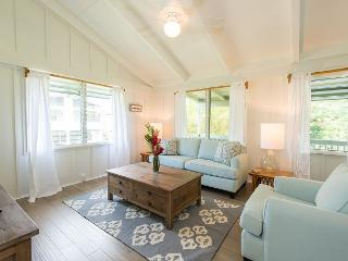 Newly Remodeled Hanalei Home,Walk to the Beach and Hanalei Town!