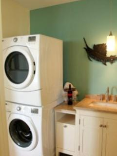 New High-Efficiency Front Loading Washer/Dryer en suite for your convenience.