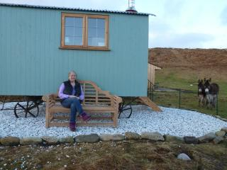 Skye Shepherd Huts BOTHAN BUIDHEAG - dogs welcome, Broadford