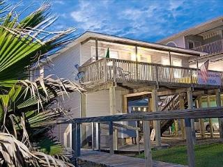 Wyndswept Beachhouse--come and be, Surfside Beach