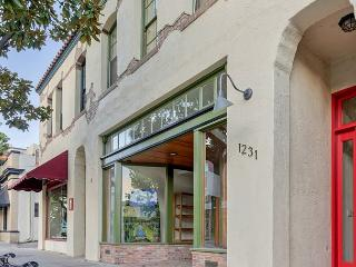 Large Loft on Park Street in Center of Downtown Paso Robles