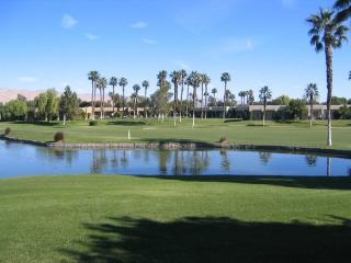 TWO BEDROOM CONDO ON DESERT PRINCESS DR W/GOLF CART - 2CCAP, Palm Springs