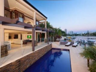 Riverview Fantastic Waterfront Mansion - Gold Coast vacation rentals